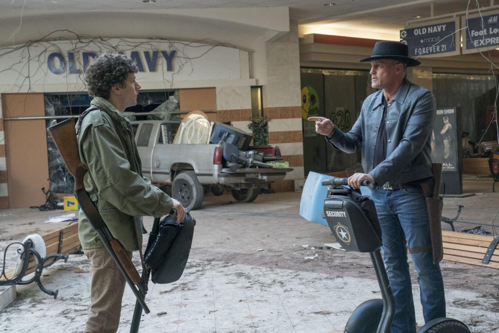 Columbus (Jesse Eisenberg) et Tallahasse (Woody Harrelson) dans Retour à Zombieland