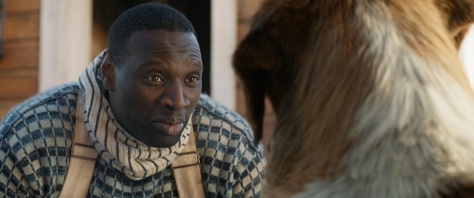 Image d'Omar Sy dans le film l'Appel de la forêt